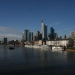 Frankfurt, Main mit Skypline