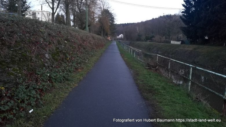 Zwischenstopp in Limburg / Hier Wohnmobilstellplatz Limburg Fußweg zur Stadt
